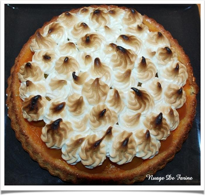 Gâteau ou tarte aux abricots meringués