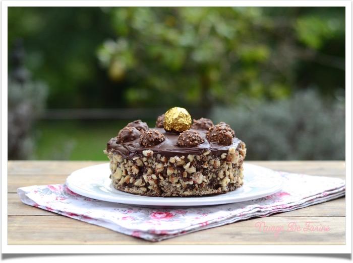 Gâteau aux Ferrero rochers4