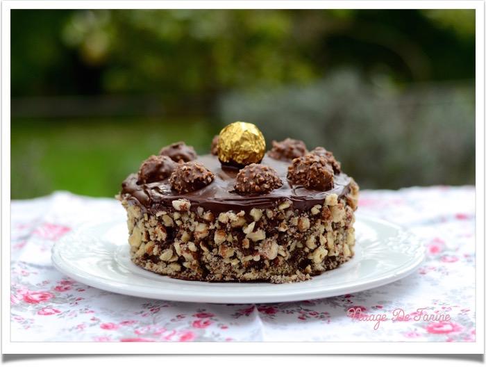Gâteau aux Ferrero rochers